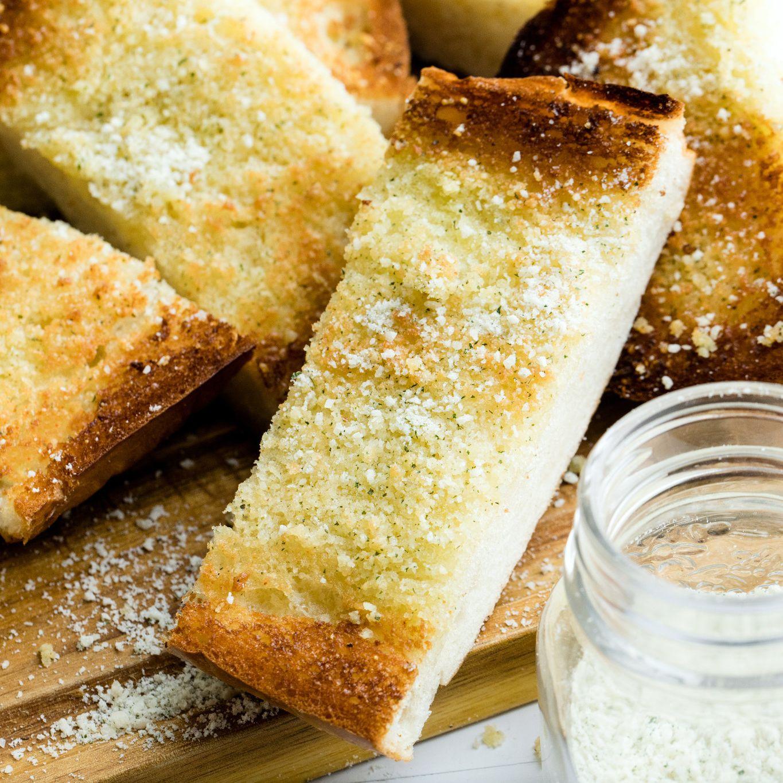 Pan de ajo para espolvorear