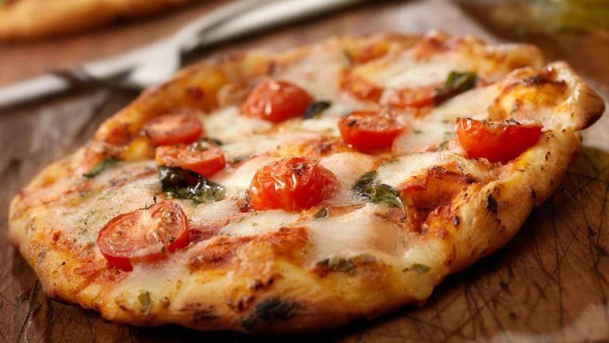 pizza_aux_2_tomates_et_a_la_feta