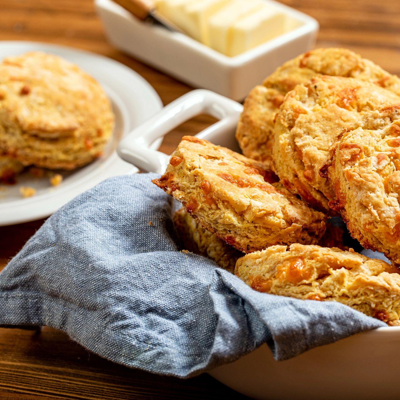 Zesty Cheddar Biscuits