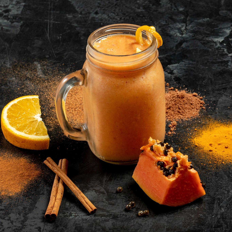 Orange, Papaya and Coconut Smoothie